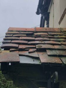 Tiles on a roof need fixing with Roofing Company Basingstoke